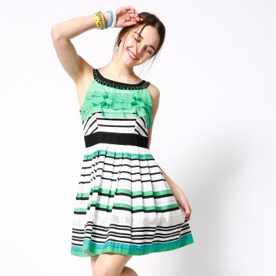 ICHE 衣哲 百摺腰帶式條紋荷葉造型洋裝