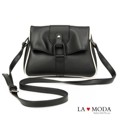 La Moda 潮流必備復古設計感肩背大釦環斜背包(黑)