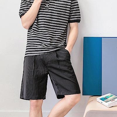 直條紋打褶五分短褲褲-OB大尺碼