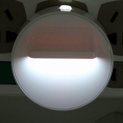 iSFun 圓盤旋轉 360度可調整夜燈 白光