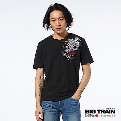 BIG TRAIN 水月金魚圓領短袖男T -男-黑色
