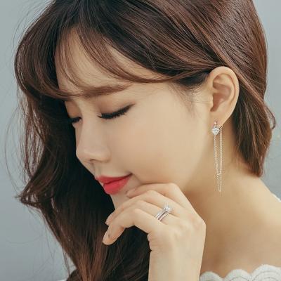 梨花HaNA-韓國925銀鑽石妝點流蘇吊綴耳際長耳環