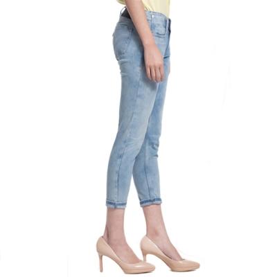 Levis-COOL-JEANS-淺色水洗中腰窄管九分丹寧牛仔褲