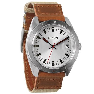 NIXON The ROVER II 風潮蔓延時尚運動腕錶-銀x卡其/42mm
