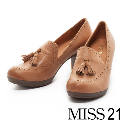 MISS-21-懷舊韻味牛津流蘇牛皮軟高跟鞋-咖