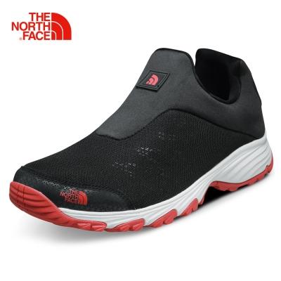 The North Face男款灰色抓地徒步鞋