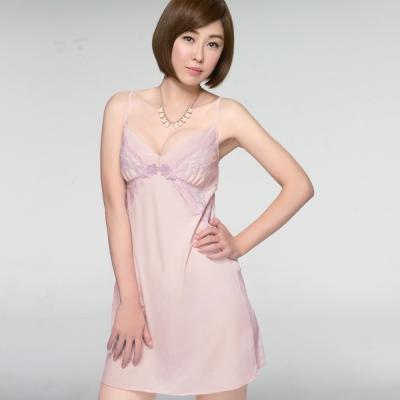 推Audrey-輕透V弧蝶 居家型細帶洋裝(芋粉色)