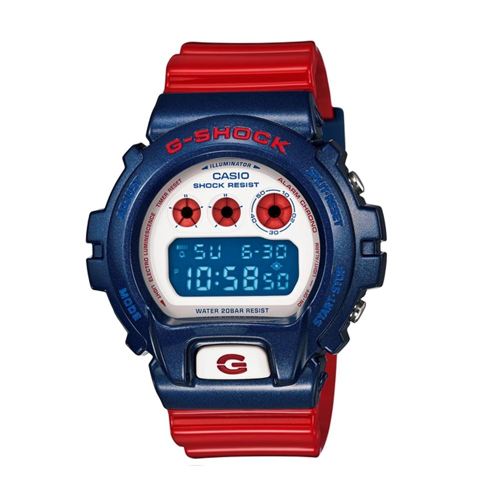G-SHOCK 搶眼星條旗幟風格休閒運動錶(DW-6900AC-2)-藍紅/49mm