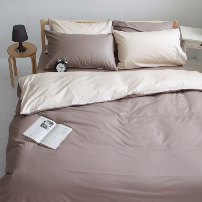OLIVIA  素色無印 棕X淺米   雙人四件式兩用被全舖棉床包組