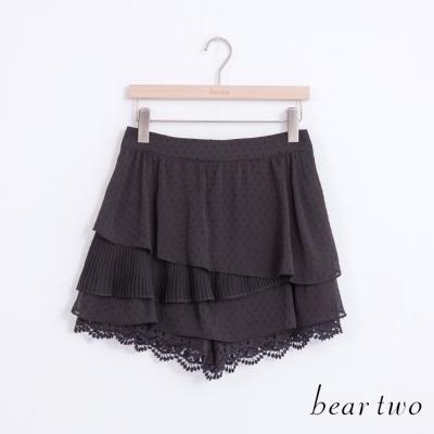 beartwo 不規則剪裁百褶拼接雪紡蛋糕褲裙(黑色)