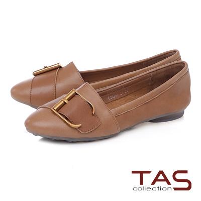 TAS 金屬皮扣帶拼接柔軟羊皮平底鞋-焦糖棕