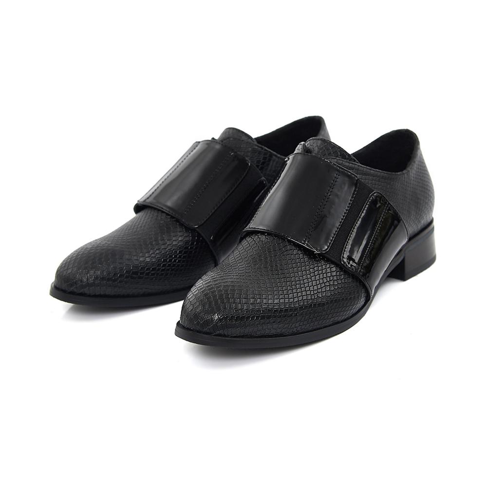 TAS 壓紋異材質拼接皮帶牛津鞋-亮皮黑