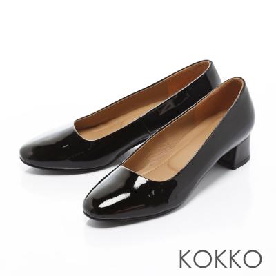 KOKKO-復古美學方頭真皮粗跟鞋-優雅黑