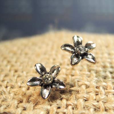 KOURIN花園系列-復古銀色水鑽桐花耳環(白鑽)