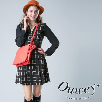 OUWEY歐薇-小V領格紋長袖洋裝