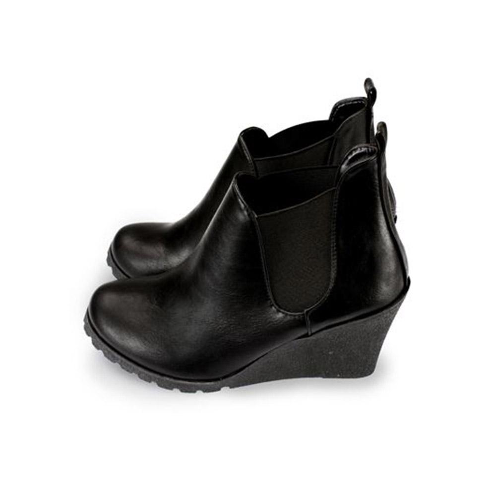 FUFA  MIT 簡約坡跟馬靴 (FA78) 黑色