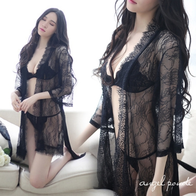 情趣睡衣 極度勾引透視蕾絲睡袍超薄三點式情趣內衣褲套裝(黑色)-天使波堤