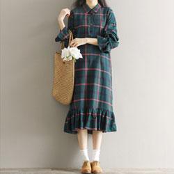 寬鬆荷葉邊格紋長袖連身裙