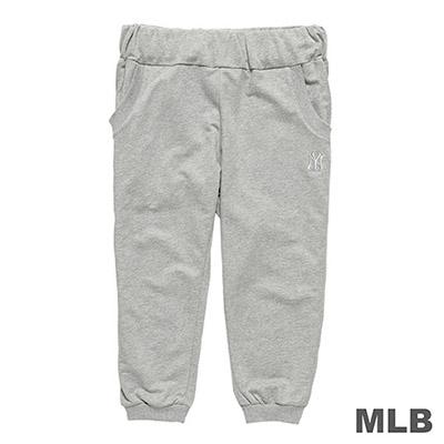 MLB-紐約洋基隊LOGO繡花束口七分褲-麻灰 (女)