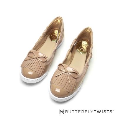 BUTTERFLY TWISTS-流蘇蝴蝶結記憶軟墊平底鞋-粉膚