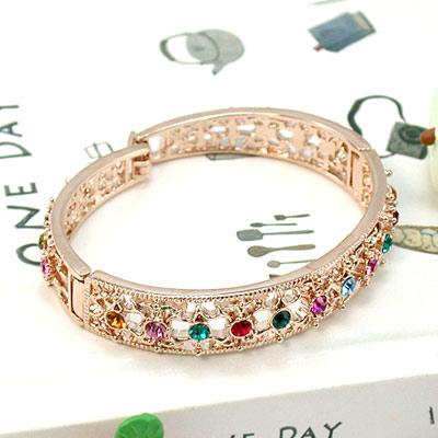 伊飾晶漾iSCrystal 復古鏤空 彩鑽花紋手環