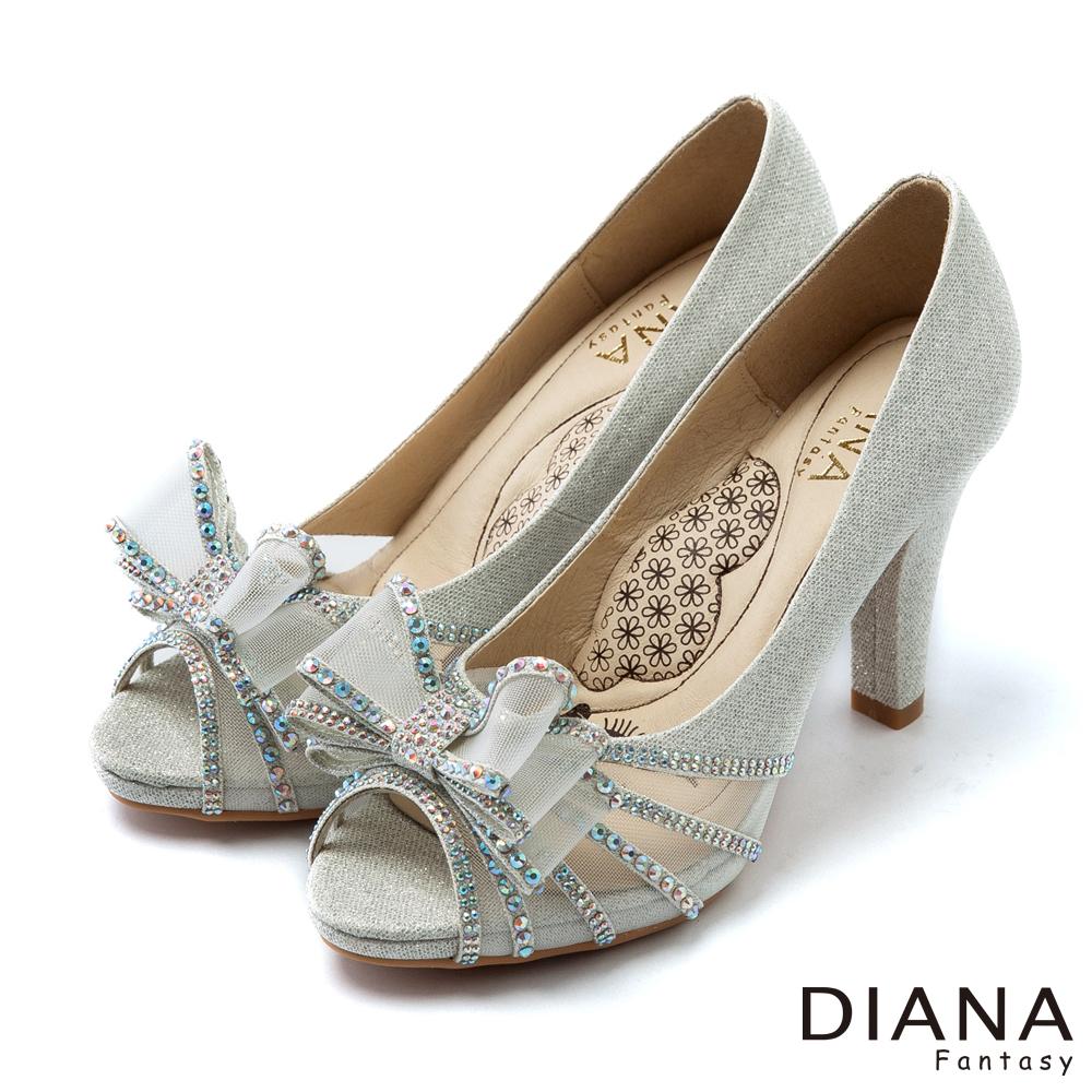 DIANA 超厚切LADY款--巴黎女伶蝴蝶結水鑽跟鞋-銀
