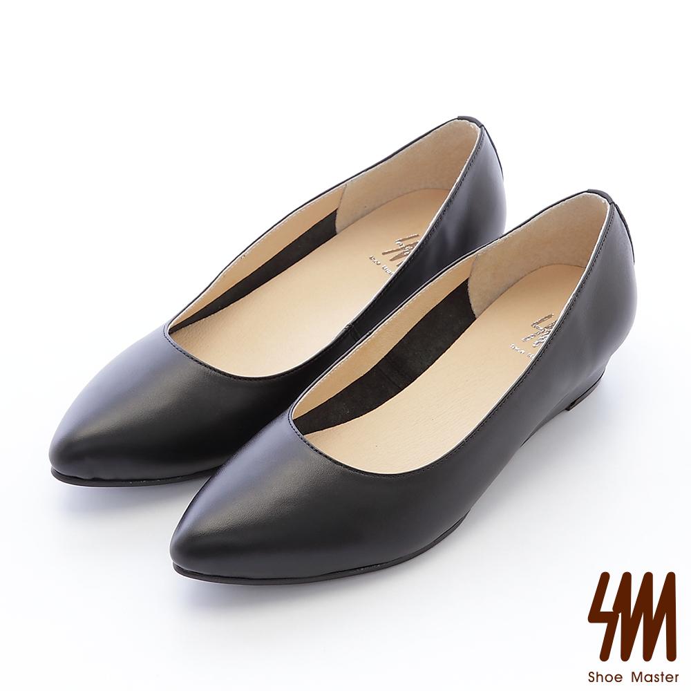 SM-台灣全真皮-素面後跟鉚釘尖頭低跟楔型淑女鞋-黑色