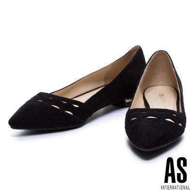 低跟鞋-AS-波浪鏤空羊麂皮尖頭低跟鞋-黑
