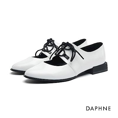 達芙妮DAPHNE 牛津鞋-繫帶挖空低跟牛津鞋-白