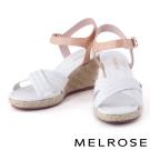 涼鞋 MELROSE 拼色交叉字帶羊皮草編楔型涼鞋-白