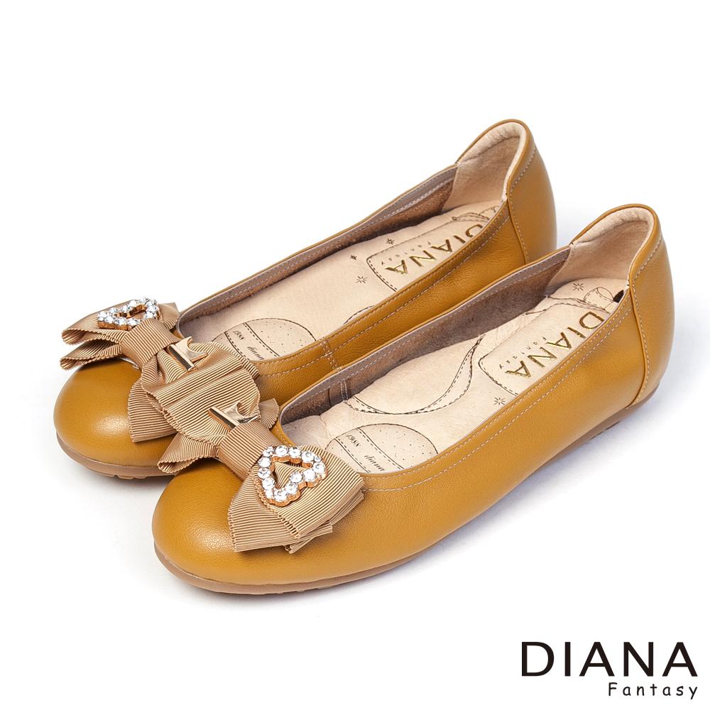 DIANA 超厚切香水粉撲款--心之鑰蝴蝶結真皮平底鞋-黃