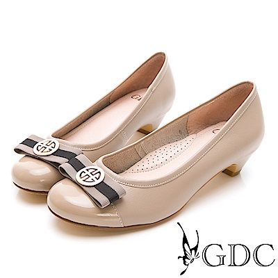 GDC-經典配色歐美舒適低跟包鞋-可可色