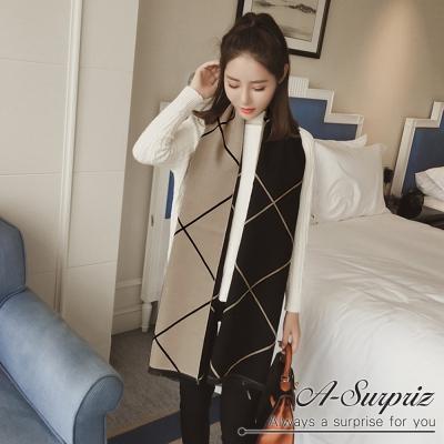 A-Surpriz 幾何線條加大兩面仿羊絨披肩(黑卡其)