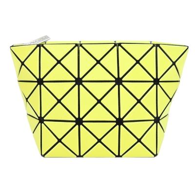 ISSEY MIYAKE 三宅一生 BAOBAO幾何方格3x5霧面化妝包(萊姆綠)