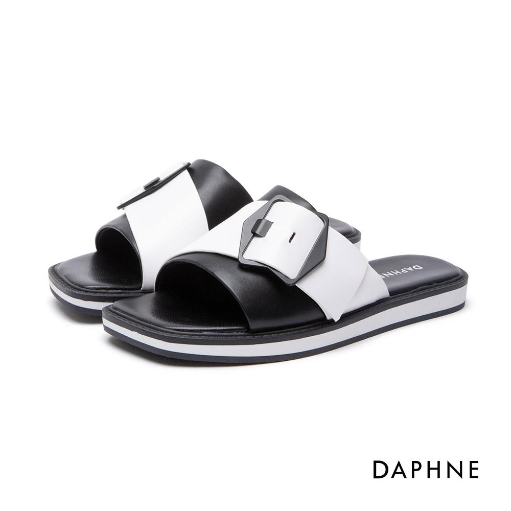 達芙妮DAPHNE 拖鞋-金屬皮帶釦飾涼拖鞋-黑