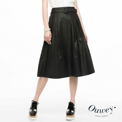 OUWEY歐薇-仿皮質感個性長裙