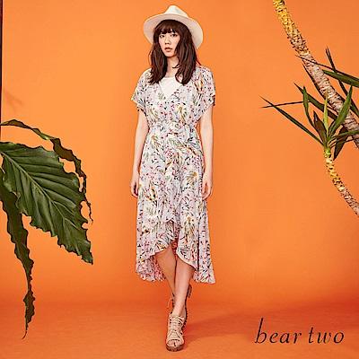 beartwo 柔和雪紡花卉女神垂墜長版洋裝(二色)