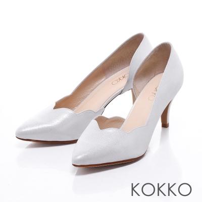 KOKKO真皮手工尖頭優雅波浪花瓣高跟鞋