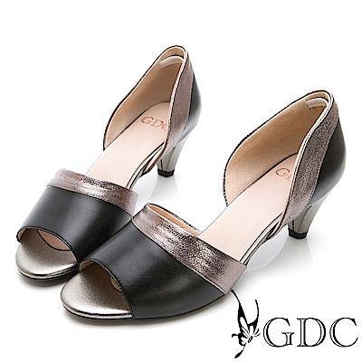 GDC-真皮質感拼接魚口低跟鞋-黑色