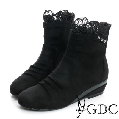 GDC個性-蕾絲絨布面真皮楔型短靴-黑色