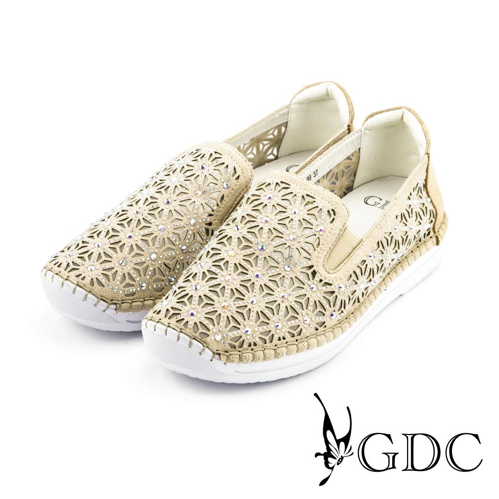 GDC-三角水鑽縷空網裡懶人休閒鞋-金色