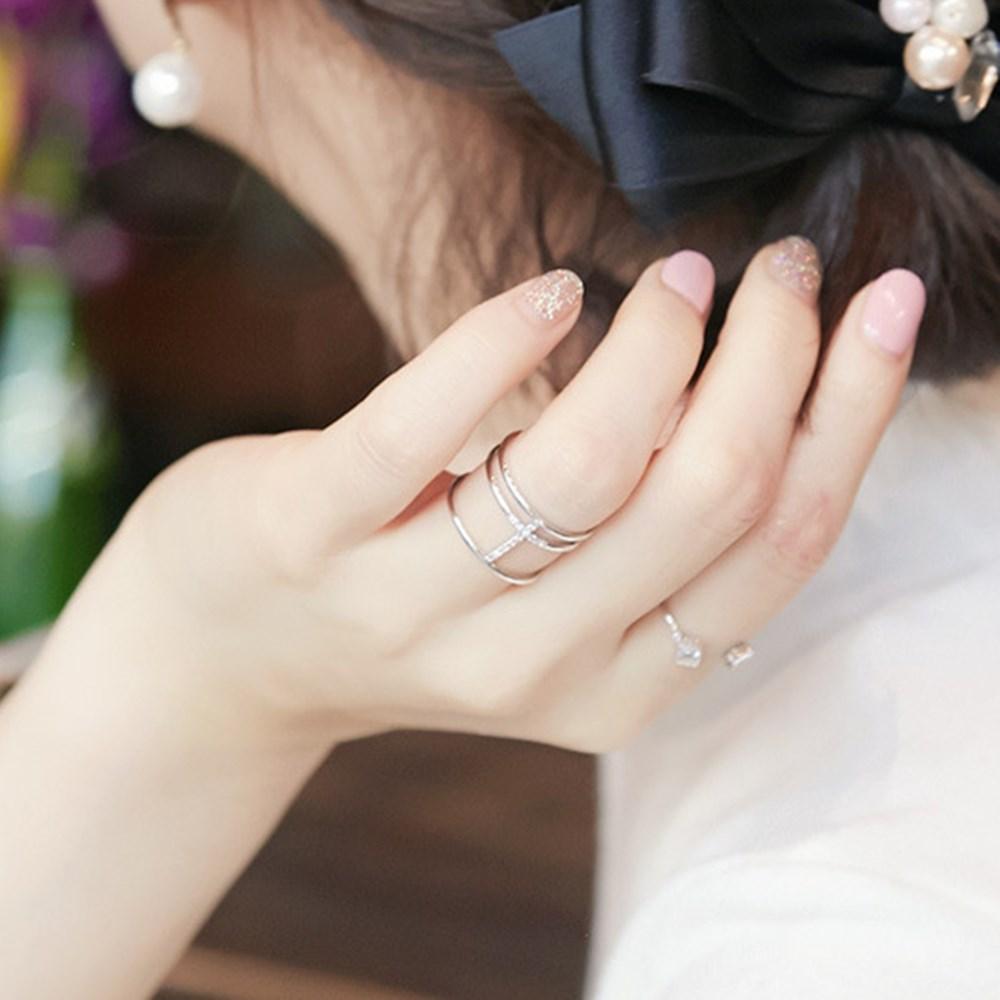梨花HaNA 韓國空運細緻微鑲三層簡約鑽戒指