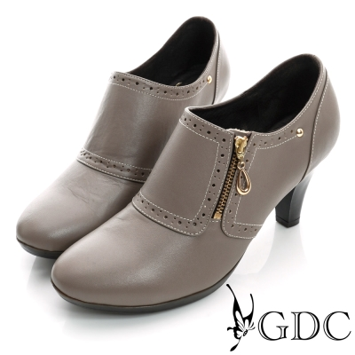 GDC個性-牛津拉鍊鉚釘真皮中跟踝靴-卡其色