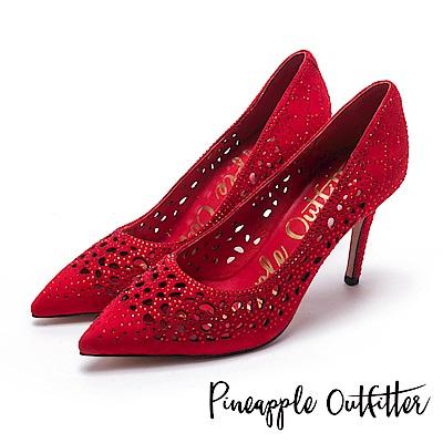 Pineapple Outfitter 璀璨光芒  水鑽鏤空尖頭高跟鞋-麂紅