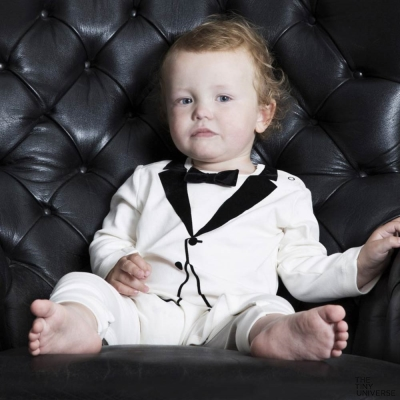 The Tiny Universe 瑞典 小紳士絨布領結造型白色長袖派對連身衣
