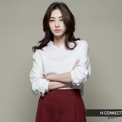 H:CONNECT 韓國品牌 女裝 - 小V領素面襯衫 - 白(快)