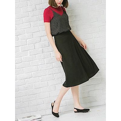素色壓褶設計中裙-OB大尺碼