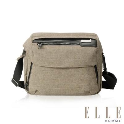 ELLE HOMME 精湛優雅紳士風範可置物IPAD單眼相機橫式機能側背包-駝色