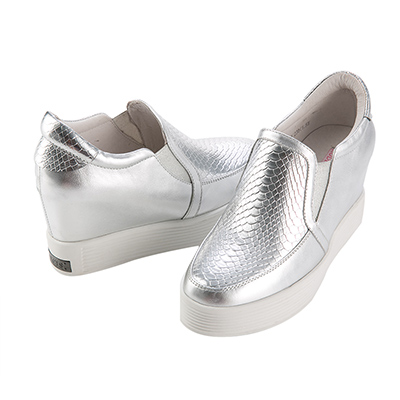 Robinlo-Co-全真皮太空金屬內增高休閒鞋-銀