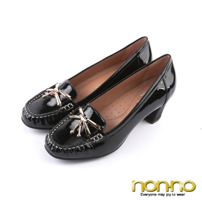 nonno-經典漆皮-金屬墜飾粗跟莫卡辛鞋-黑